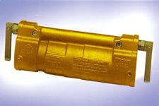 250 Amp 650/1300 Volt Restrained Coupler