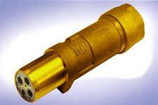 250 Amp 650/1300 Volt Restrained Plug